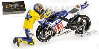 YAMAHA - YZR-M1 N 46 MOTOGP VALENCIA 2010 WITH FIGURE VALENTINO ROSSI